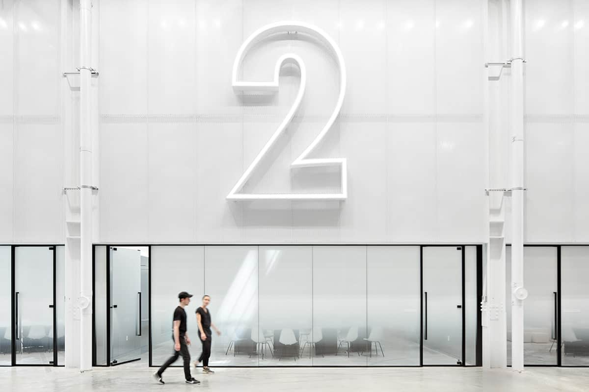 nike-nyhq-custom-LED-lit-aluminum-numbers-large-scale-architectural-wayfinding